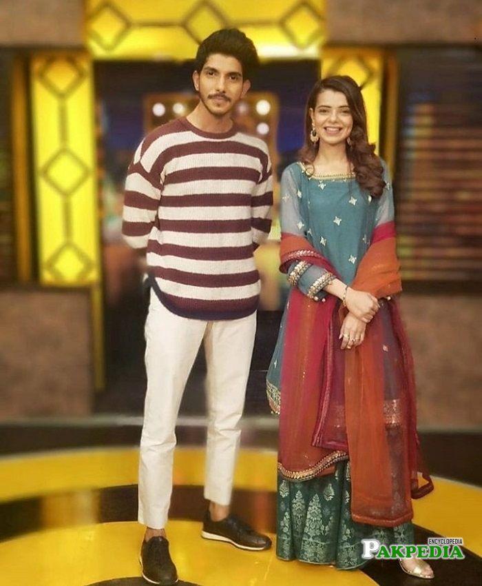 Srha Asghar on sets of Mazak raat