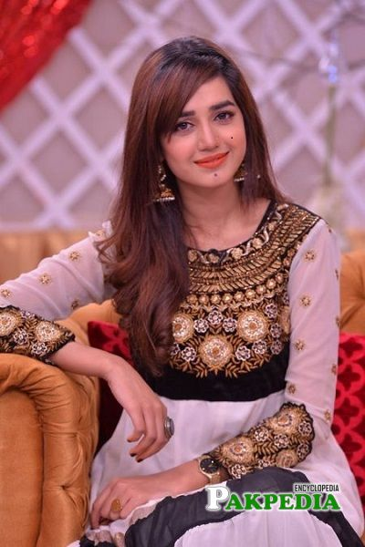Anum Fayyaz biography