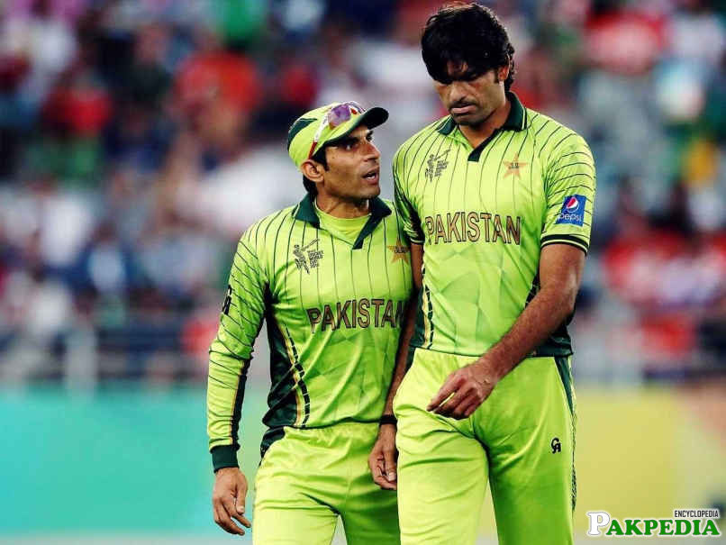 Mohammad Irfan and Misbah ul Haq