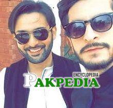 Arslan Fasal with Affan Waheed on sets of Baydardi