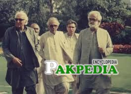 Akbar Bugti with his Friends