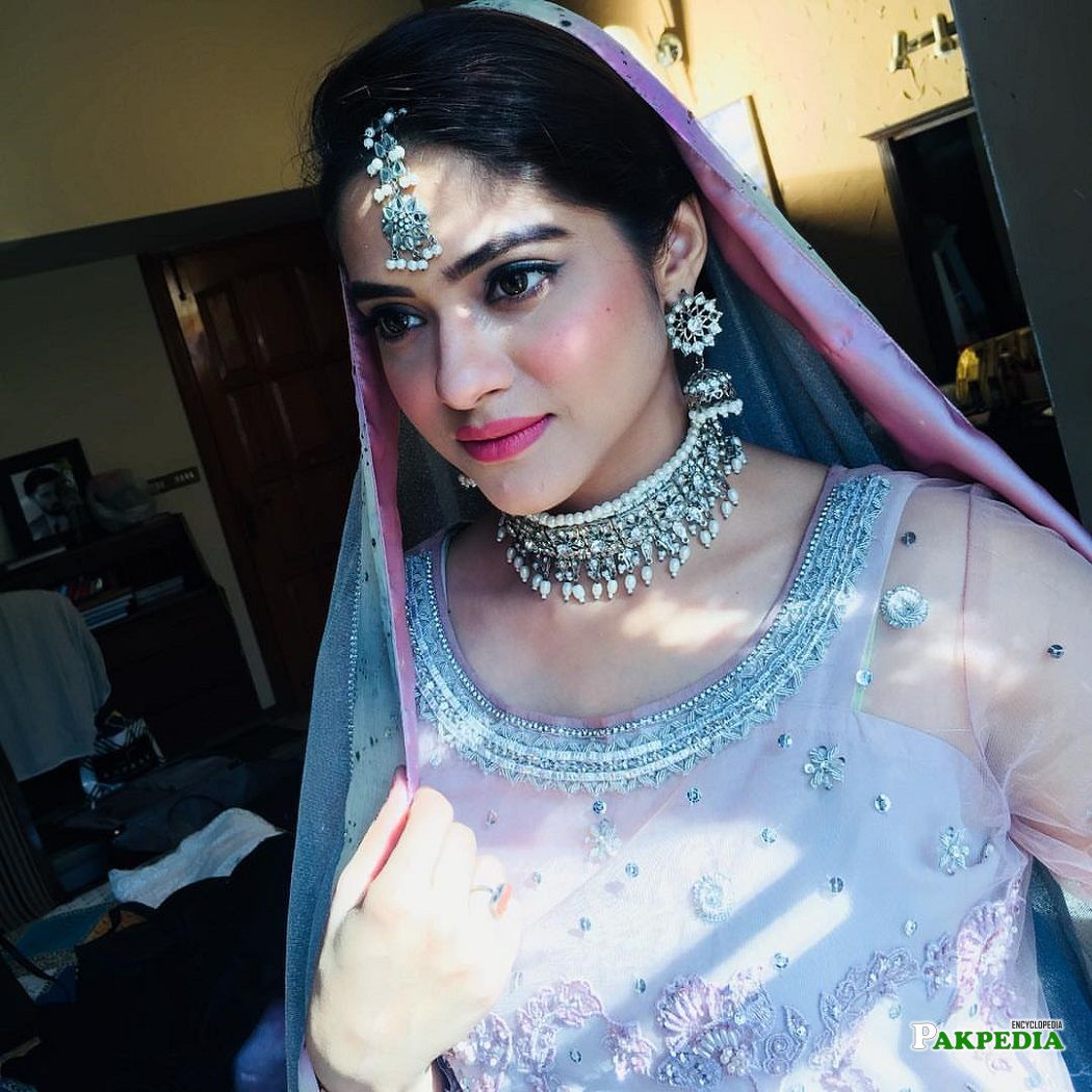 Namrah Shahid on the sets of her serial