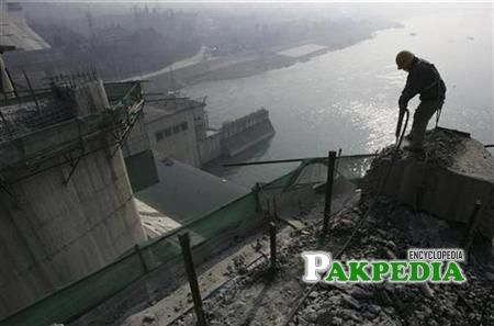 A labourer working on mohmand dam