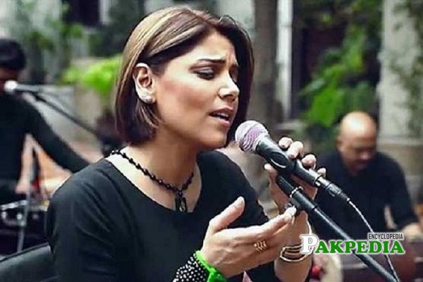 Hadiqa Kiani songs