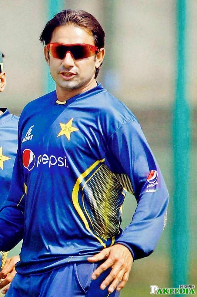 Saeed Ajmal Looking Cool