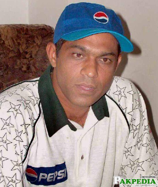 Rashid Latif in Blue Cap