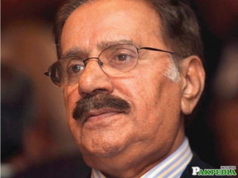 Former Minister of Commerce