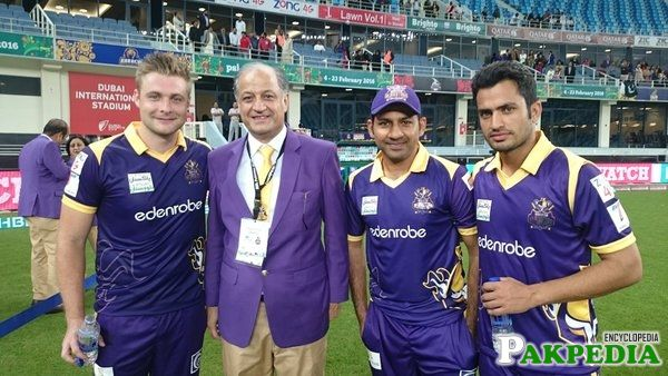 Quetta Gladiators Team Members With Owner