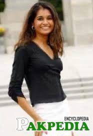 Zehra shirazi Click
