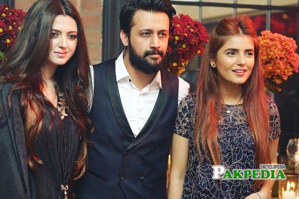 Momina with Atif Aslam and his wife
