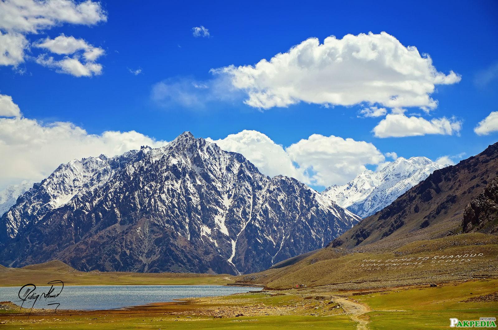 Shandur Pas Beautiful