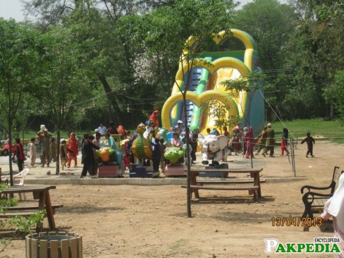 Islamabad Zoo Jumping GAME
