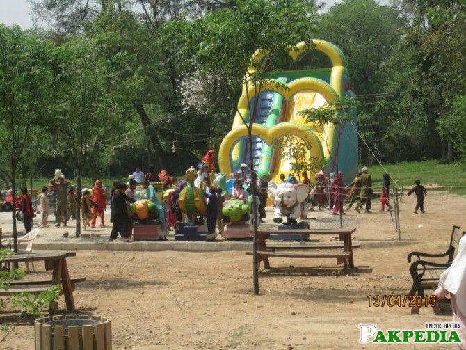 Islamabad Zoo Jumping GAME