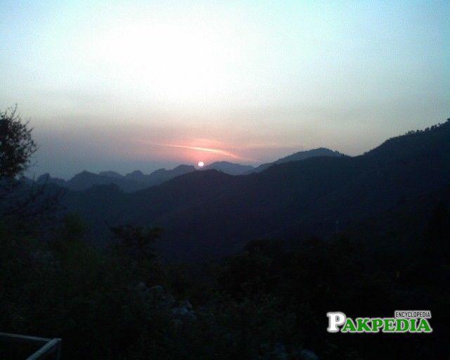 The lovely sunset vista on the Margalla Hills