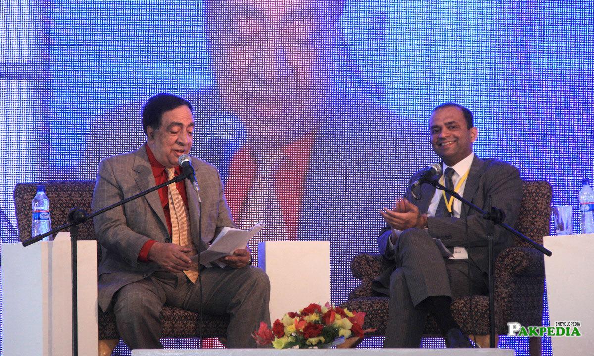Ata ul Haq Qasmi with Irfan Javed