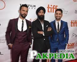 Ali Kazmi in awards function