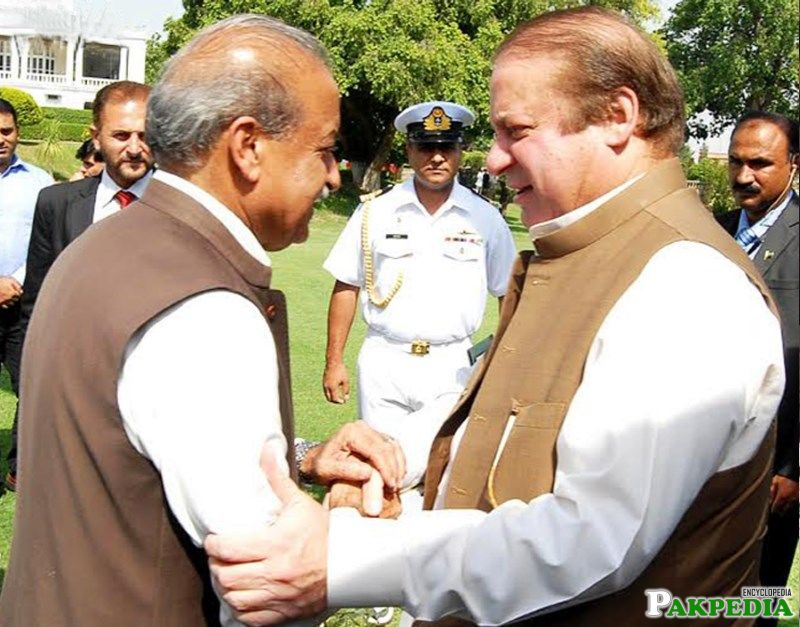 Iqbal Zafar Jhagra with Nawaz Sharif