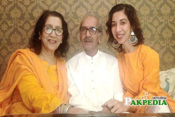 Sulmeen Ansari Family
