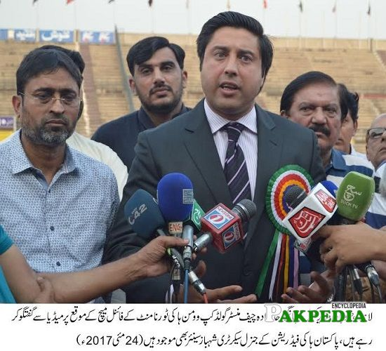 Jahangir Khanzada while having conversation with media