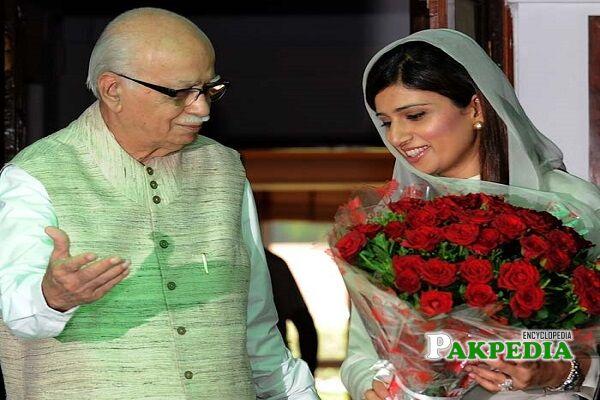 hina rabbani khar education