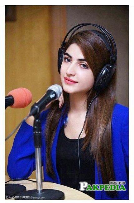Kinza hashmi actress, model and host