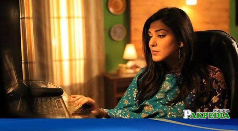 Zainab Ahmad on sets during shooting