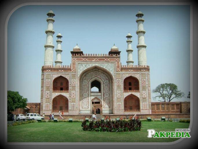 Tomb of Babur