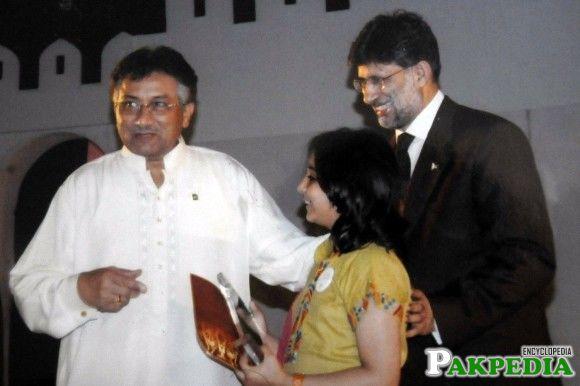 Arfa Karim with Pervez Musharraf