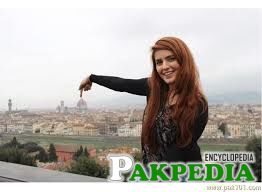 Momina Mustehsan in abroad