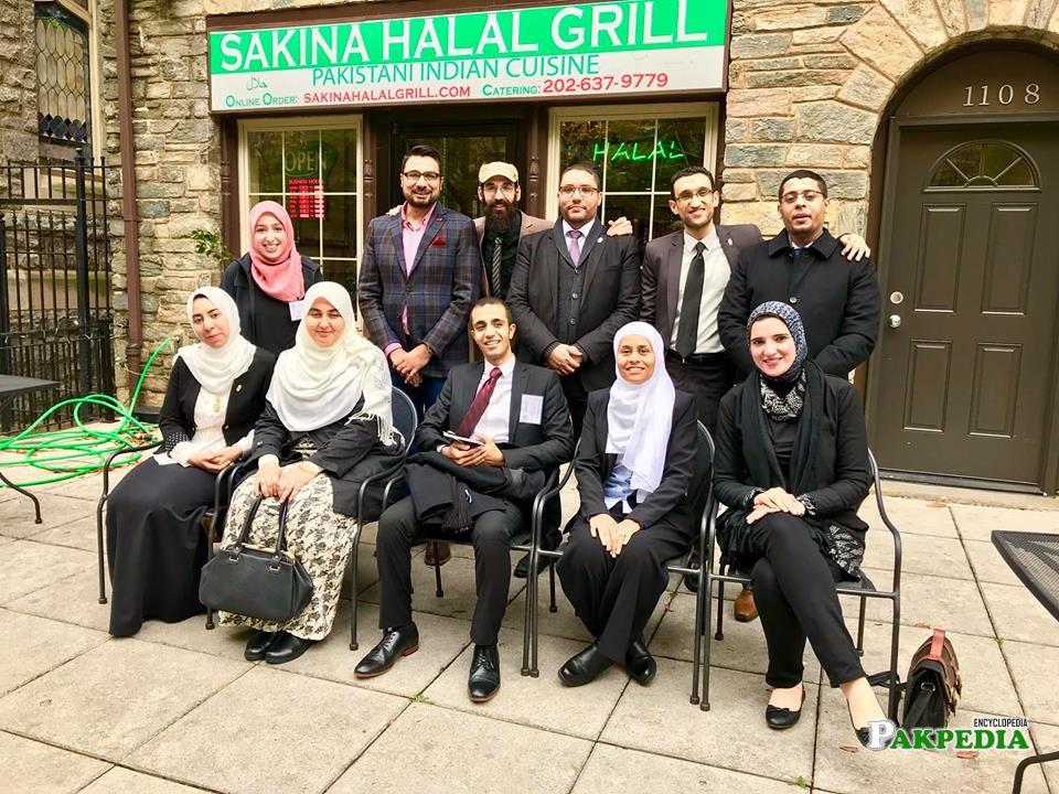 Egyptian delegation at restaurant