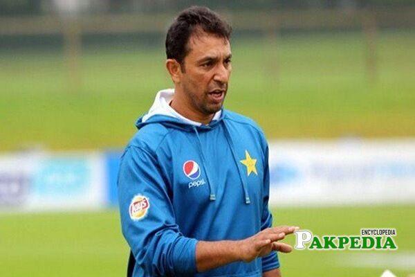 azhar mahmood cricketer