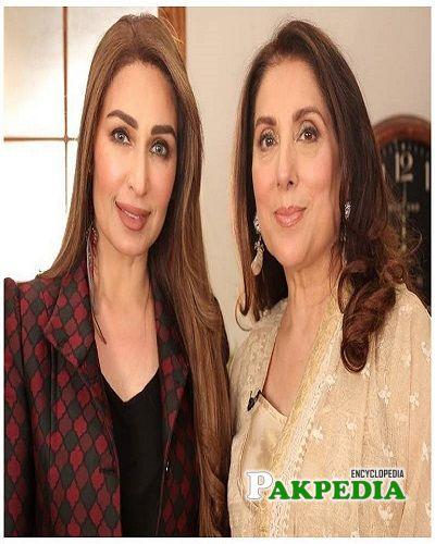 Reema with Samina Peerzada at her show