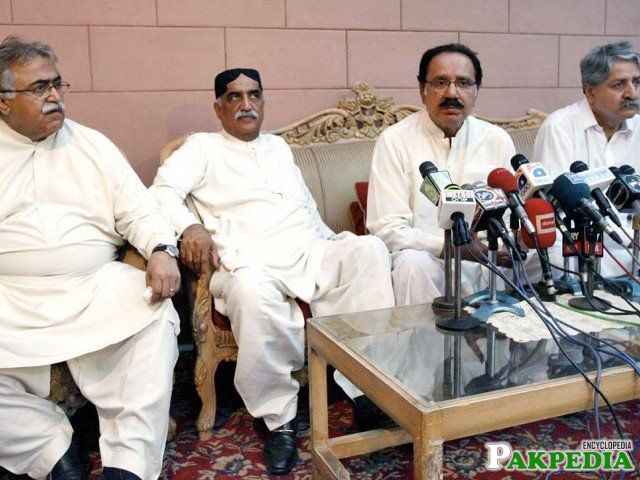 Ameen Faheem with His Party Member