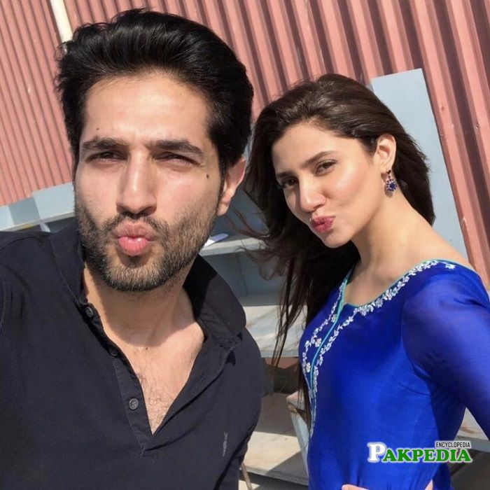 Bilal Ashaf with Mahira Khan on sets of 'Rockstar'