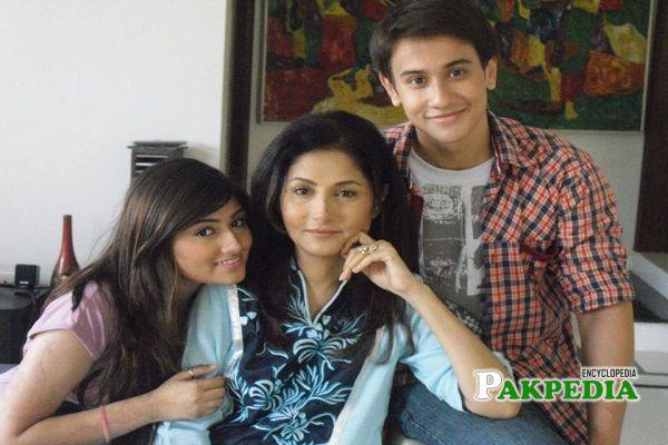 Lubna Aslam Family