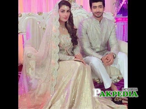 Farhan Malhi with Ayeza Khan on sets of Shehrnaaz