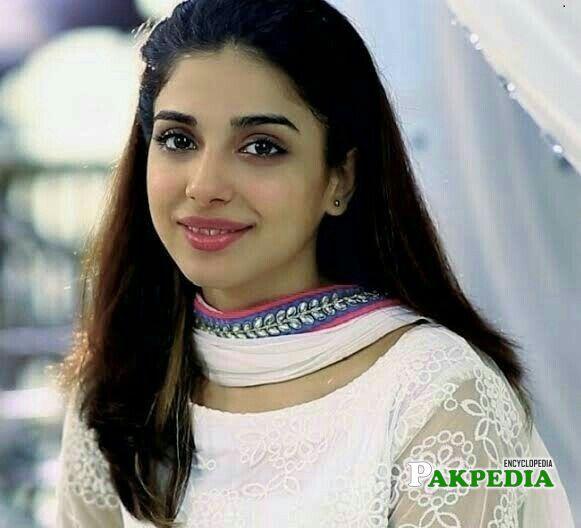 Sonya Hussain Biography
