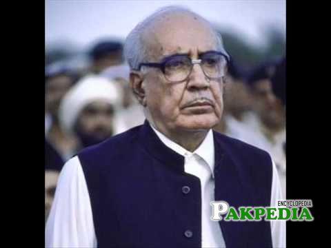 Ghulam Ishaq Khan address's to the nation on dissolving the Nawaz Sharif's govt(18-4-1993)