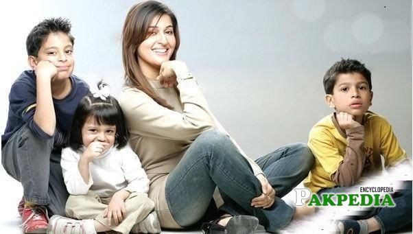 Shaista Lodhi Family