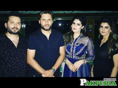 Zareen khan and shahid afridi