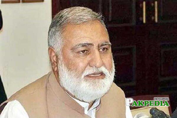 Akram khan Durrani Biography