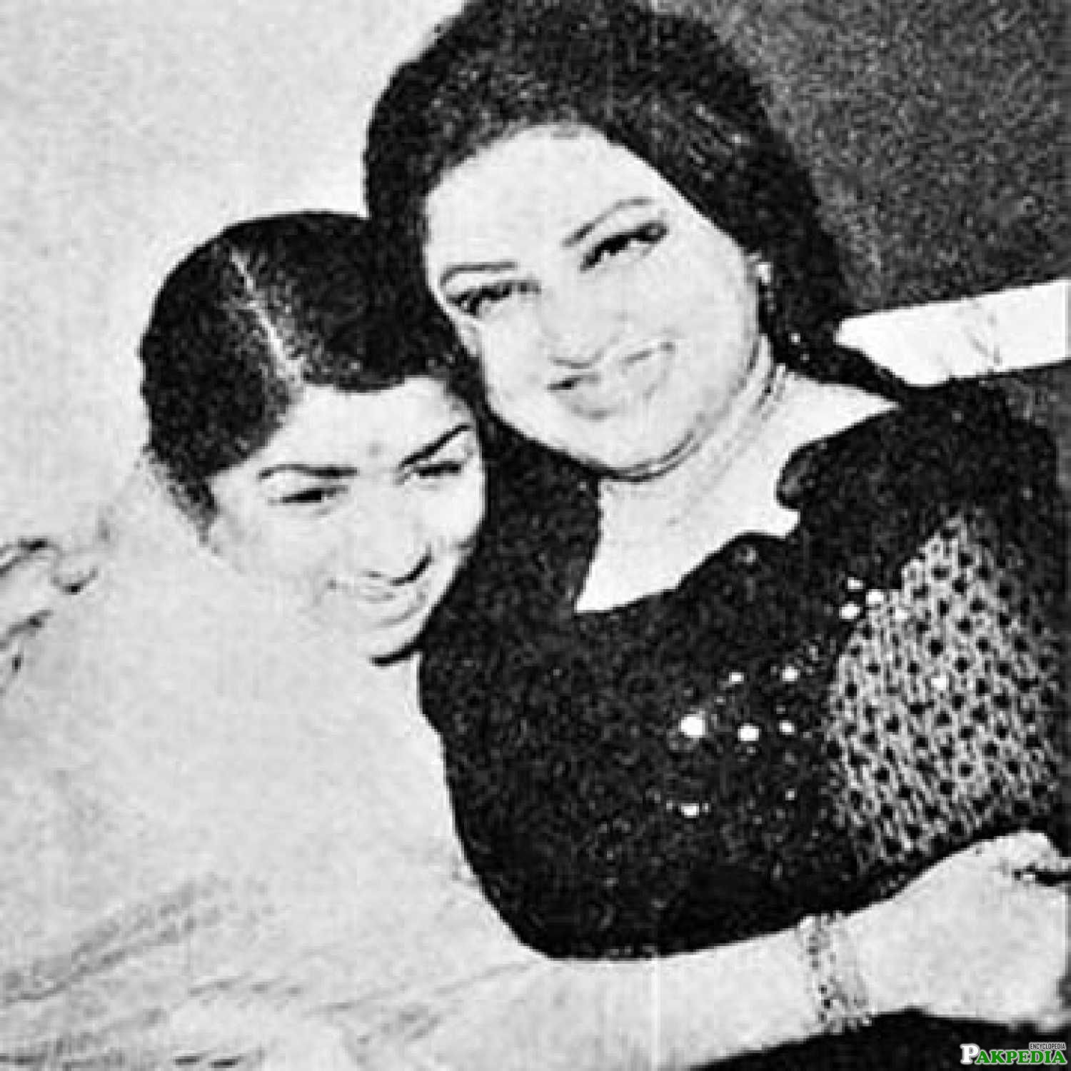 Noor Jahan with lata