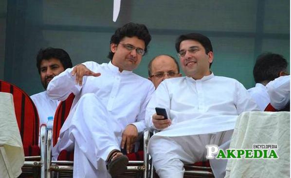 Saif Ullah Niazi with Faisal Javaid khan
