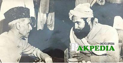 Amin ul Hasanat talking to Muhammad Ali Jinnah