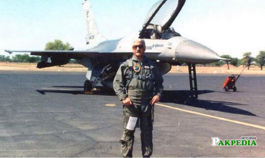 Former Air Chief Mushaf Ali Mir with Fighter jet