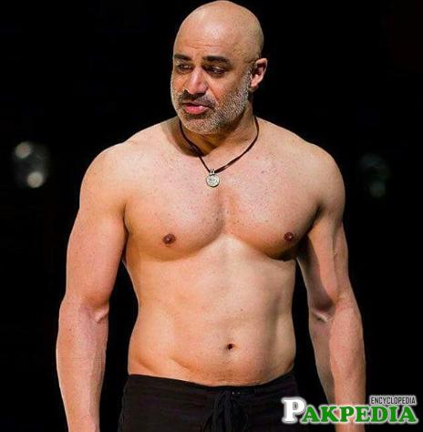 Faran Tahir has a good Body
